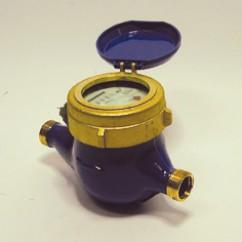 Kiwa watermeter met pulsaansluiting